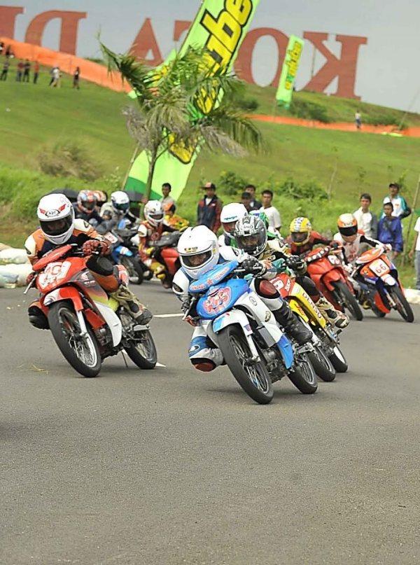 dahulu di lokasi deltamas ini, sering digunakan untuk event road race