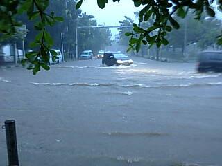 Banjir di Gedung BNI 46*sumber TMC Polda Metro Jaya