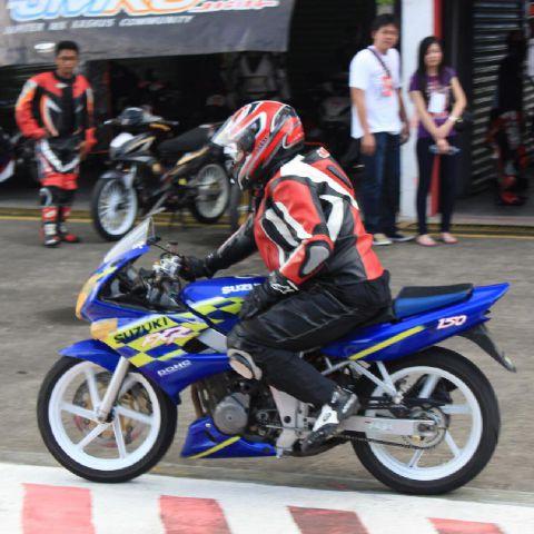 Sewaktu menjadi safety bike di D Event Sirkuit Sentul Besar